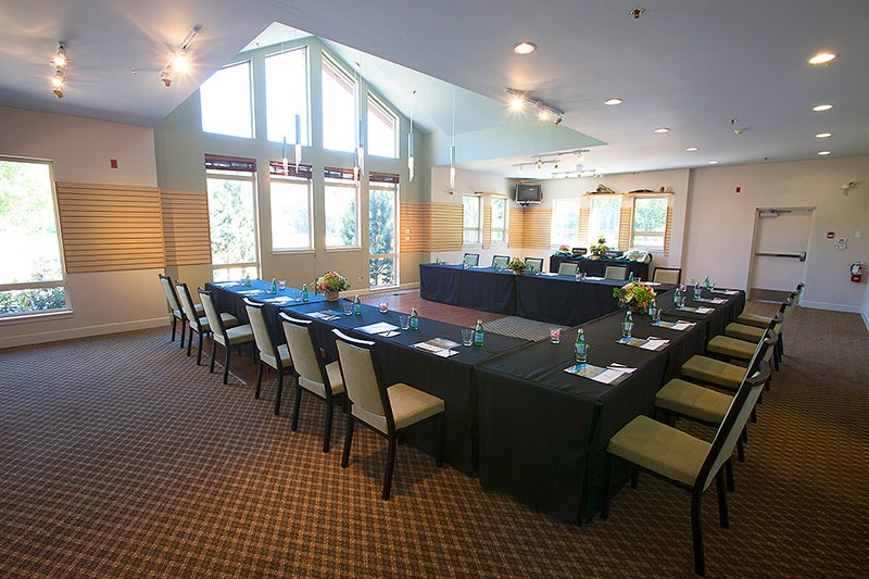 Meeting Room at Executive Suites Squamish Hotel