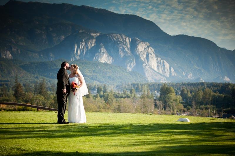 Wedding at Executive Suites Hotel Squamish